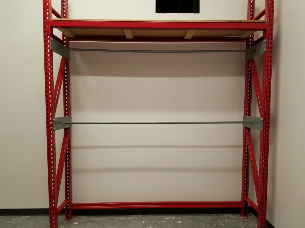 HyVee-Clothes-Hanging-Rack-red